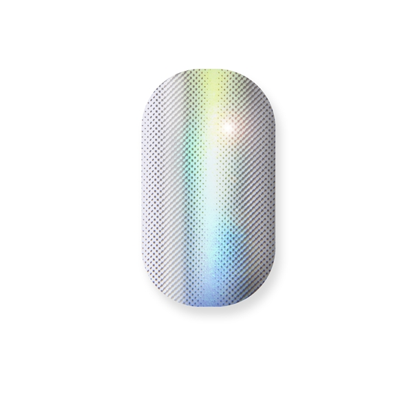 chrome nail, silver, holographic, barely there